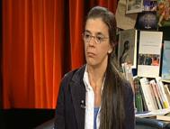 """Imatge de l'entrada """"Vídeo d'Anna Casassas comentant curiositats de les seves traduccions"""""""