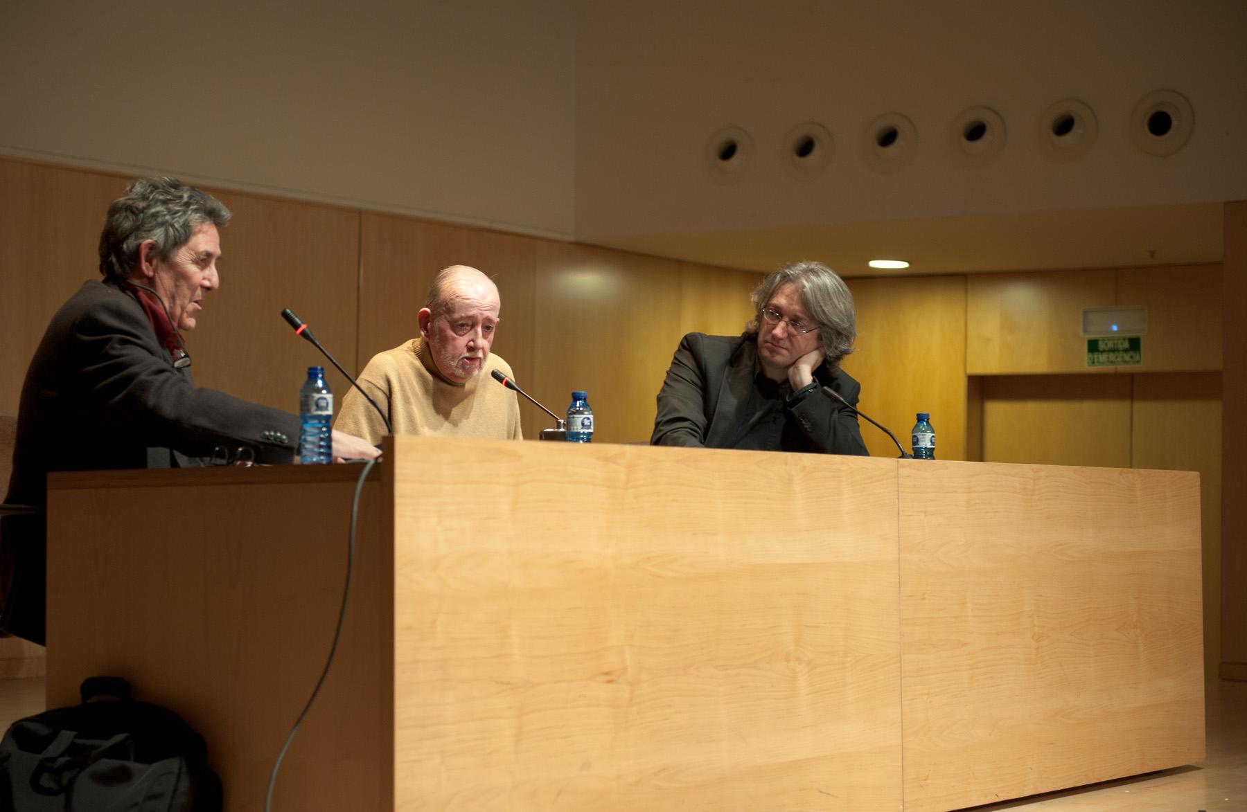 """Imatge de l'entrada """"Vídeo de la conversa entre Joan de Sagarra i Paco Camarasa sobre Simenon"""""""